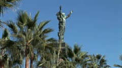 WorldClips-Puerto Banus Welcome Statue-zooms Stock Footage