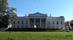 White House, main entrance, flag a flyin' Stock Footage