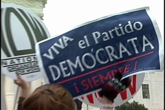 Viva el Partido Democratca sign outside Supreme Court with chant. Stock Footage