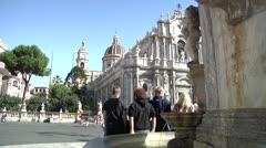 Fontana del Elefante, Piazza Duomo, Catania, Sicilia. Stock Footage