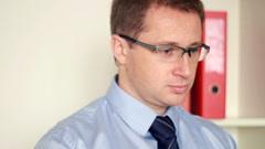 Businessman working on laptop, steadicam shot HD Stock Footage
