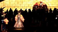 Korean lanterns and crowds in Cheonggyecheon Lantern Festival Stock Footage