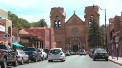 Establishing shot of downtown Santa Fe, New Mexico with St. Francis basilica. Stock Footage