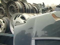 Automobile parts in dump. Silencers, wheels and other parts. Stock Footage
