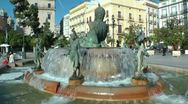 Stock Video Footage of Turia Fountain