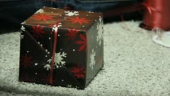 Wrapping Christmas Presants 8 Stock Footage
