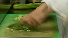 Salat-Sliceing cucumber Stock Footage