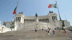Monumento Nazionale a Vittorio Emanuele II in Rome, Italy Stock Footage