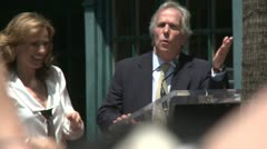 Henry Winkler talks about Marlee Matlin Stock Footage
