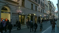 Christmas shopping in Rome (2) Stock Footage