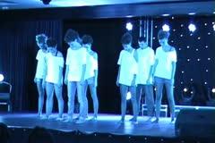 C O N T E M P O R A R Y Modern dances ntsc15 1 Stock Footage