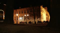 Horse-drawn carriage in Bruges' streets at night - 2 views Stock Footage