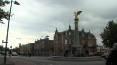 DenBosch - Rotonde met draak - Nederland Stock Footage