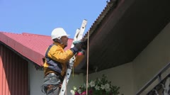 Fixing gutter Stock Footage