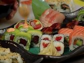 Plate of sushi-pack shot Stock Footage