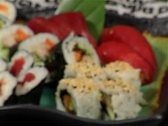 Plate of sushi-pack shot-change focus Stock Footage