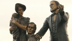Bronze Statue Pioneers 2 Stock Footage