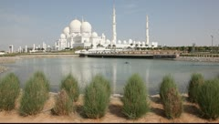 Sheikh Zayed Grand Mosque in Abu Dhabi, UAE Stock Footage