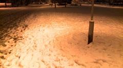 Jalka tulostaa lunta yöllä 6 Arkistovideo