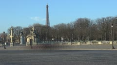 Timelapse Eiffel Tower and Place de la Concorde treet car traffic paris Stock Footage