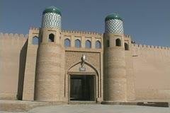 Uzbekistan Khiva decorated gate Stock Footage