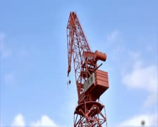 0172 Grua PAL Stock Footage