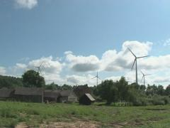 Rural house windmill spin Stock Footage