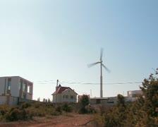 Wind turbine. Autonomous house. №11 Stock Footage
