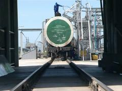 Tranker train biodiesel Stock Footage