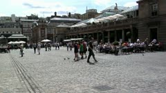 184 time lapse, Tourists in Covent Garden time lapse Stock Footage