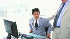 Liikemies kerroit hänen istuin hänen pomo Arkistovideo