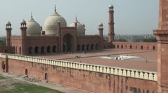 Badshahi mosque in Lahore, Pakistan - stock footage
