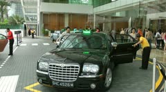 Doorman taxi Stock Footage