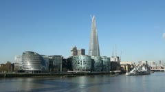 South bank of the Thames. Sunny morning. Stock Footage
