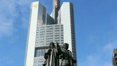 Monument in Frankfurt Stock Footage
