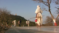 Pilgrimage towards an Indian temple complex Stock Footage