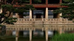 Gyeonghoeru pavilion surrounded by pond in Gyeongbok palace of Seoul Stock Footage