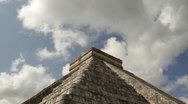 Stock Video Footage of chichenitza castillo05