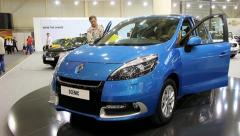 Renault Scenic at yearly automotive-show SIA 2012 in Kiev, Ukraine Stock Footage