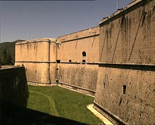 LAQUILA spanish fort pan Stock Footage