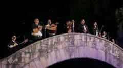 Arkistokuvanauhanpätkä - San Antonio Texas River Walk - Mariachi Band Playing Arkistovideo