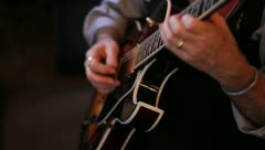 Guitarist les paul playing jazz Stock Footage