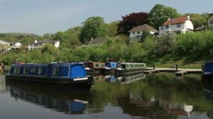 Llangollen basin and canal boats Stock Footage