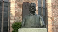 Wilhelm Löhe bust in Fuerth - stock footage