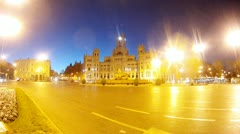 Head post stands on Plaza de Cibeles at morning, time lapse Stock Footage
