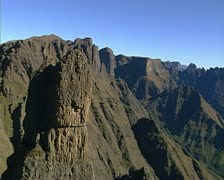 The Ukhahlamba Drakensberg aerial shot. Stock Footage