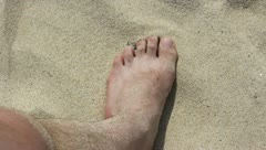 Bare foot on the sand beach. (1920x1080/30p, tripod) Stock Footage