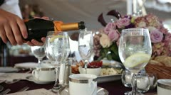 Wedding champagne pour Stock Footage