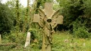 Gravestone angel celtic cross Stock Footage