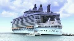 Oasis of the Seas 2570 Stock Footage